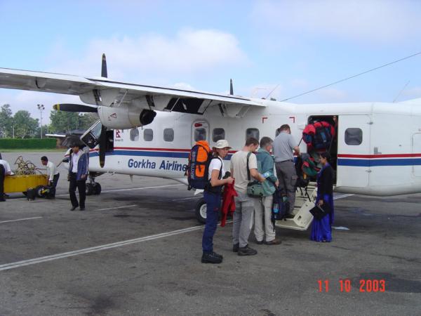 My letíme Fokkerem se společností Gorkha Airlines.