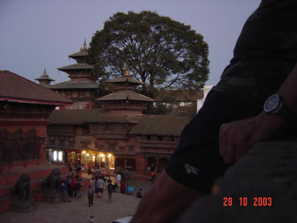 Večerní Durbar Square v Kathmandu.