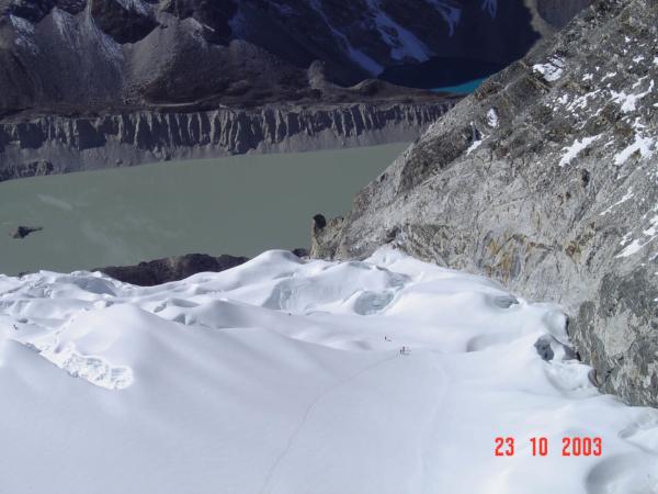 Pohled z vrcholu Island Peaku na část výstupové trasy.