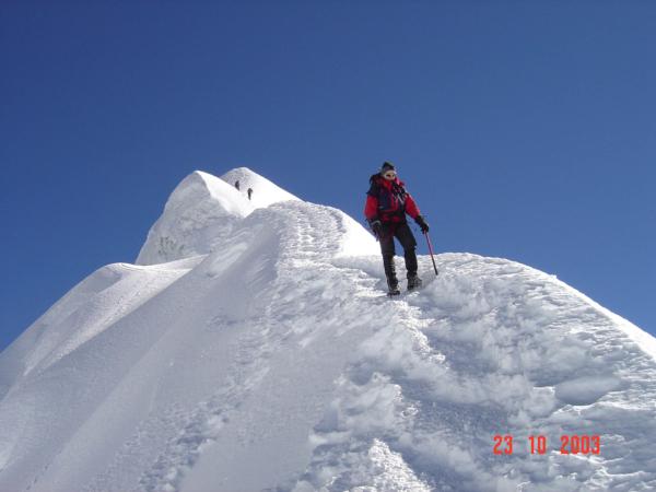 Dolů z vrcholku to jde mnohem lépe, ale je potřeba opatrně...