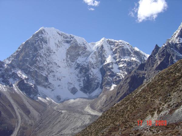 Pohledy na Lobuche Peak - tak kudy by to šlo?