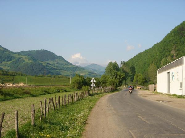 Z Reghinu jedeme po silnici 15A a následně 17A až do lůna pohoří Rodna.