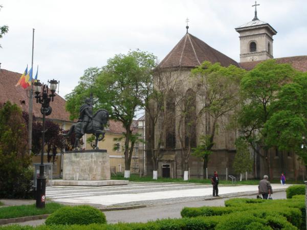 Alba Iulia městská pevnost a římskokatolická katedrála.