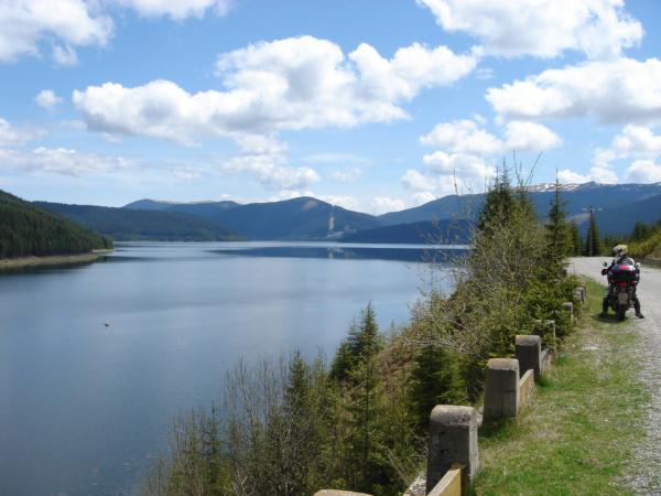 16 km dlouhé jezero Vidra, nádhera.