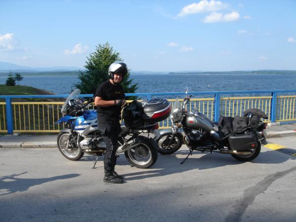 Na mostě přes Oravskou přehradu u Námestova