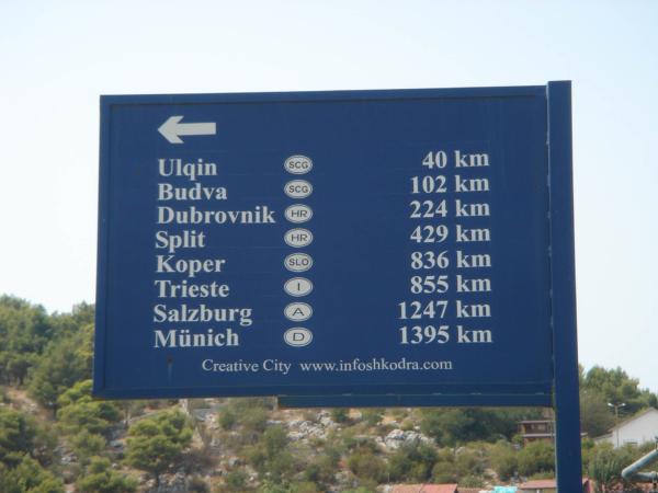 Kilometrovník u Shkodëru.