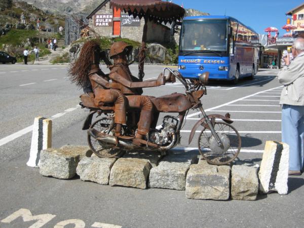 V Grimsel passu.