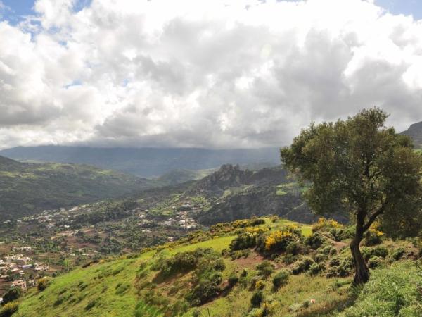 Výhledy při přejezdu hor v pohoří Rif