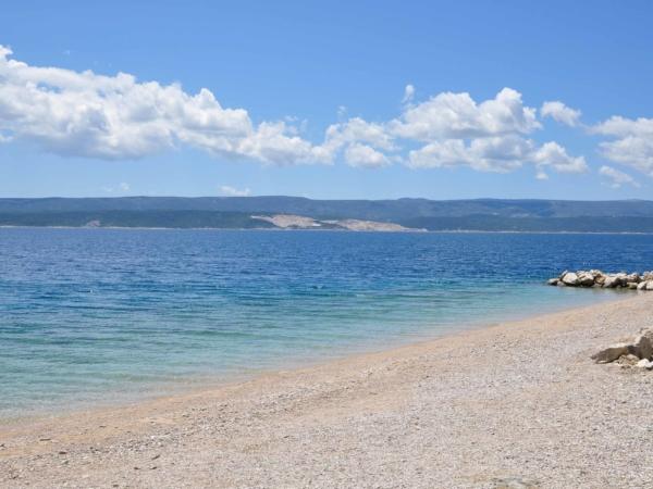 Soukromá plážička - alespoň na chvilku. Ještě nezačala sezóna.