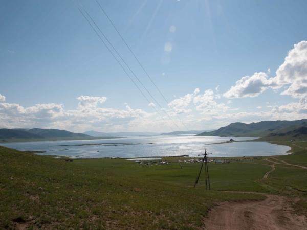 Tsagaan Nuur - Bílé jezero.