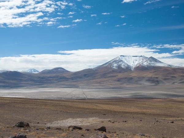 Cestou ze San Pedro de Atacama přes Calama k hraničnímu přechodu Ollaque.
