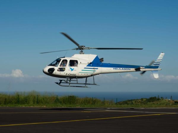 Letěli jsme tímto vrtulníkem se společností Helilagoon.
