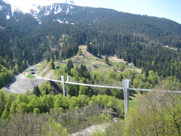 Nový silniční most za Klosterem - krásný...