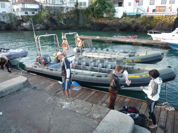Druhá parta měla člun Maisha.