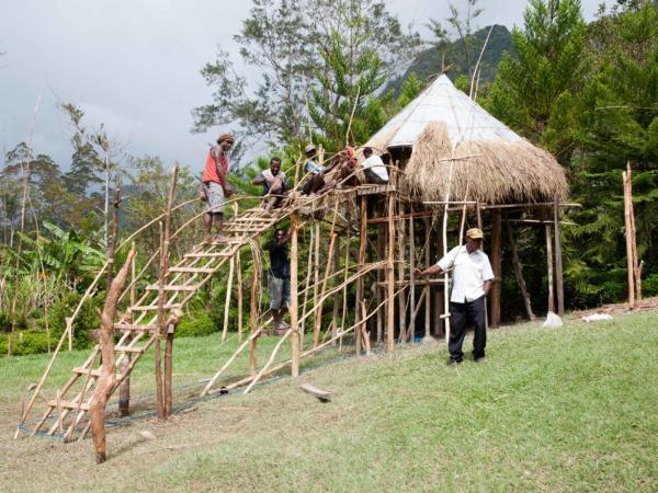 Rozkvět stavebnictví v Anggruku.