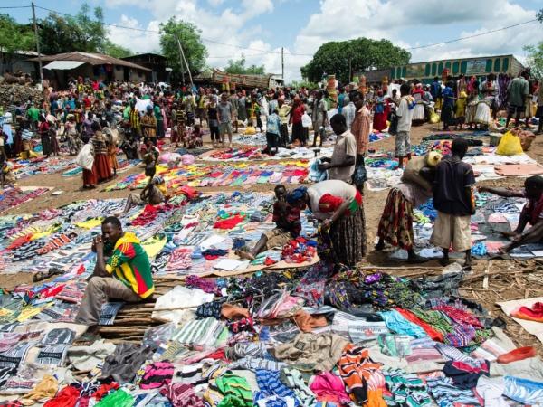 Na trhu v Konso
