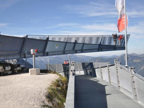 Vyhlídková platforma Alpspix na horní stanici lanovky Alpspitzbahn.