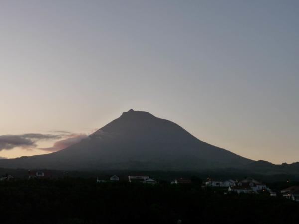 Svítání na Picu.