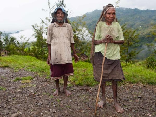 Starší pár v Homboki.