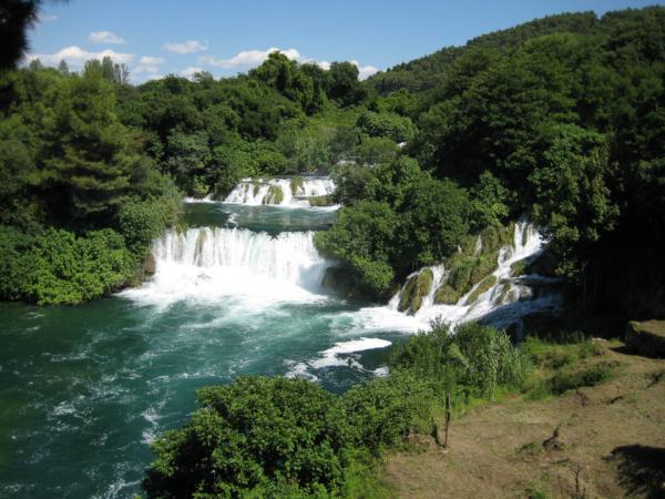Vodopády - všude samé vodopády.