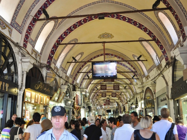 Uvnitř Grand Bazaru.