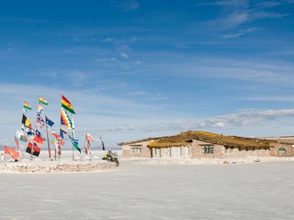 Solný hotel na východním okraji solné pláně.