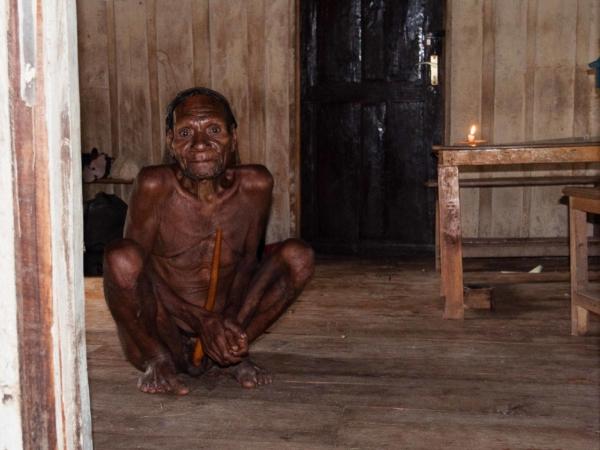 První koho jsme viděli po probuzení ve škole ve vesničce Paliem.