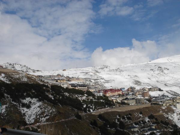 Vyšplhali jsme se do lyžařského střediska Sierra Nevada