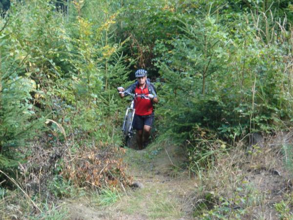 ….Moravský biker Lubor si cestu ven najde vždy.