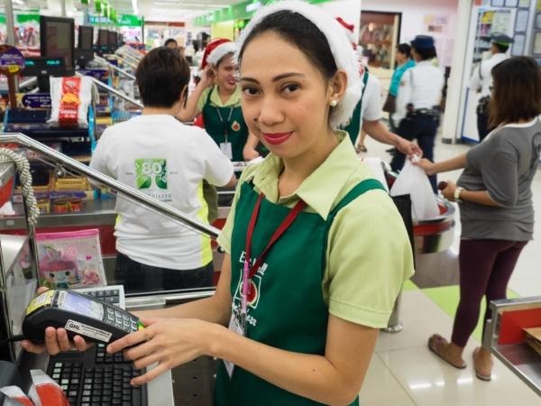 Vánoční atmosféra v supermarketu na Palawanu...