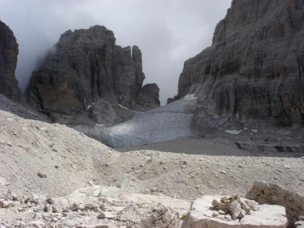 Ledovec Sfulmini a sedlo