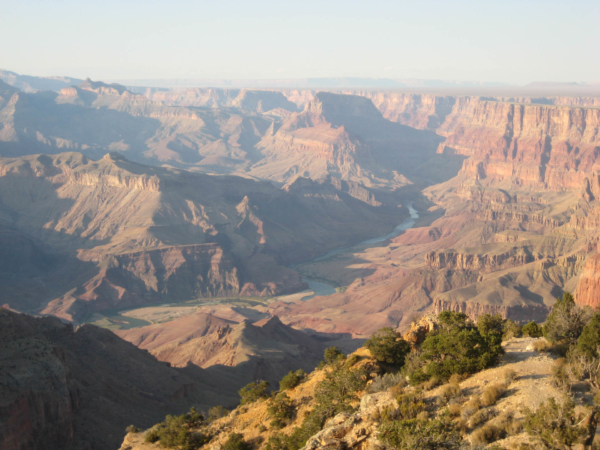A opravdu poslení pohled na Grand Canyon a Colorado z jižní hrany.