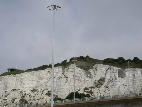 Rozloučení s Velkou Britanií - bílé útesy Doverské.