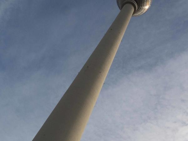 TV Tower - vysoká 368 m. Vyhlídka je ve 203m.