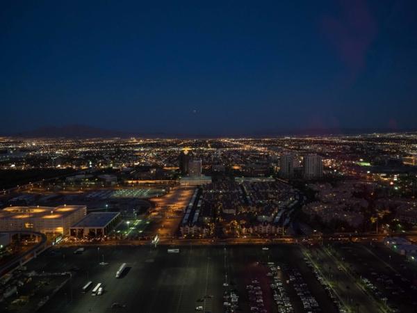 Pohled z výšky na Las Vegas.