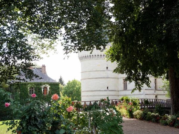 Château de l'Islette - pohled od pokladny. Dovnitř jsme nešli