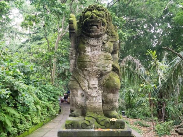 U vstupu do Monkey Forrest v Ubudu.