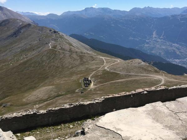 Jsme nahoře na Monte Jafferau - 2805m.