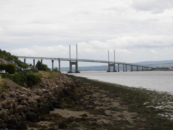 Kessock Bridge v Inverness.