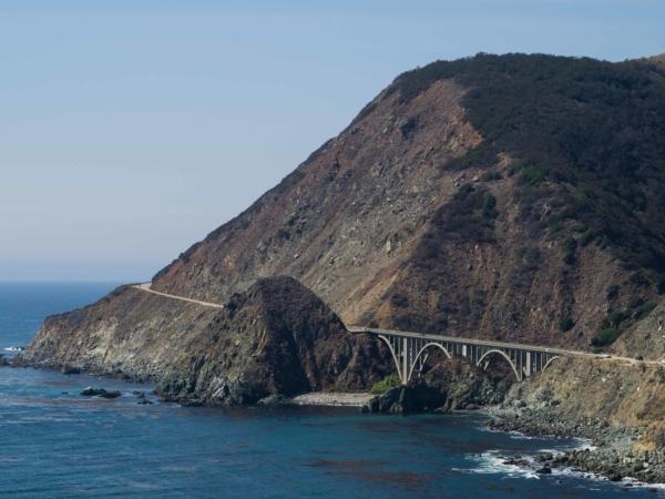Na silnici 1 a pobřeží Big Sur.