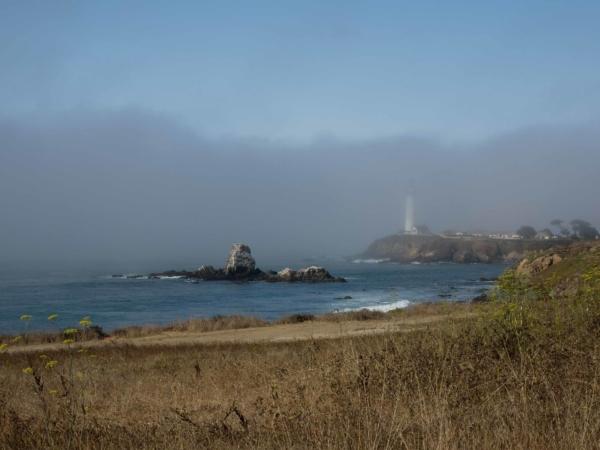 Jak se blížíme k San Franciskému zálivu, tak přibývá mlhy.