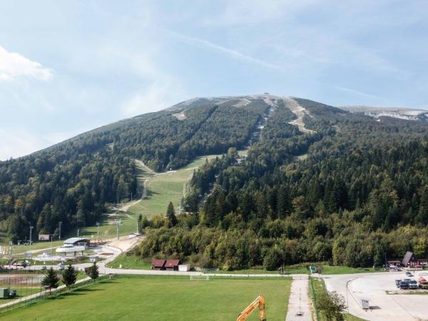 Areál, kde se odehrávaly závody v Alpských disciplínám na ZOH v r. 1984.