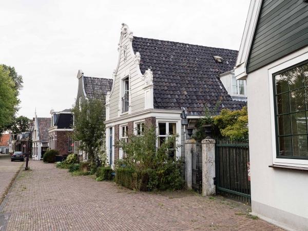 Malebné domečky u Noorderpark.