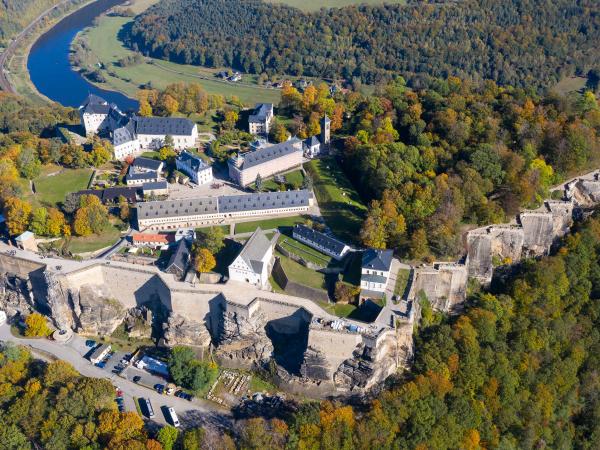 Pevnost Königstein s vyhlídkou na Labe.