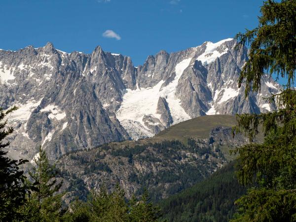 Pohled na Mont Blanc z Italské strany.