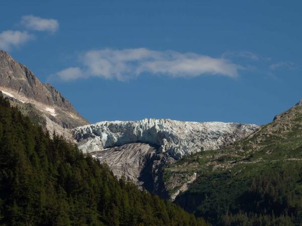 Ledovec Mer de Glace nebo d'Argentiere.