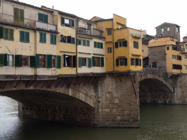 Ponte Vecchio neboli Starý most.